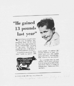 V.He gained 13 Pounds last year. Los Angeles Herald. 31 juillet 1928.