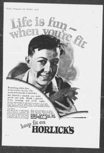V27. Life is fun… when you're fit (1 - male - foot). Nash's Magazine, Octobre 1928, p.1. Cette publicité ouvre une autre série et introduit deux valeurs nouvelles indissociables et étroitement associées à la jeunesse naissante : la joie de vivre et la possibilité de s'amuser (fun) qui sont conditionnées par la santé ou plus exactement la forme physique (fit) qui en est la partie émergée. La publicité raffine ainsi les représentations en glissant de la santé vers la forme physique et de l'enfance vers la jeunesse. L'illustration représente un jeune garçon plus proche de l'adolescence que de la petite enfance qui pratique un sport d'équipe - déjà en voie de socialisation et en marche vers l'âge adulte.