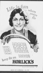 V28. Life is fun when you're fit (2 - female - tennis). English Good Housekeeping. July 1928, p.119. L'entrée dans l'âge adulte oblige à identifier clairement le sexe de la jeunesse. Il s'agit là d'une version féminisée de la série « fun - fit youth ». Au-delà des valeurs communes de la jeunesse (fun, fit, health), la sexuation est affirmée par trois moyens : le medium (magazine masculin Nash vs féminin Good Housekeeping), les attributs (vivacity, attractiveness, charm sont les privilèges de la féminité) et les activités (football pour les garçons, tennis pour les filles) varient selon les sexes. La publicité suggère également une adaptation géographique : le football américain aux Etats-Unis et le tennis en Angleterre (la publicité a paru dans l'édition britannique de Good Housekeeping) ? Comme pour 19, l'illustration est d'une grande qualité graphique : elle est exceptionnellement signée du nom de l'artiste (Jagger).