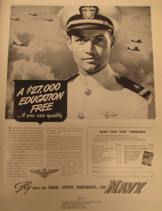 "Fig. 205 - ""A $27000 Education Free - if you can qualify"". Saturday Evening Post. 7 novembre 1942. Source : J. Walter Thompson Company. World War II Advertising collection, 1940-1948 and undated. Government Policies and Agencies Campaigns, 1941-1945 (folder 1/2). Comme pour les femmes, l'affiche promet aux volontaires une éducation gratuite."